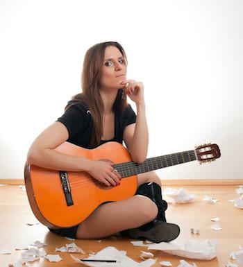 Singer-songwriter guitarist