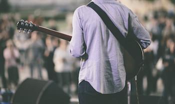 Folk guitarist - Songwriter