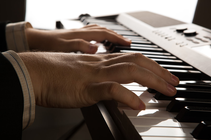 creative songwriting video course Creative writing institute summer courses since its founding in 2009, john cabot university's institute for creative writing and literary translation has become a thriving community of and for writers in rome.
