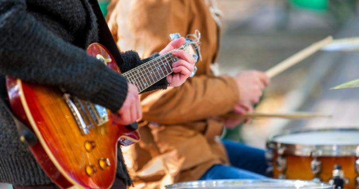 Guitarist - Drummer