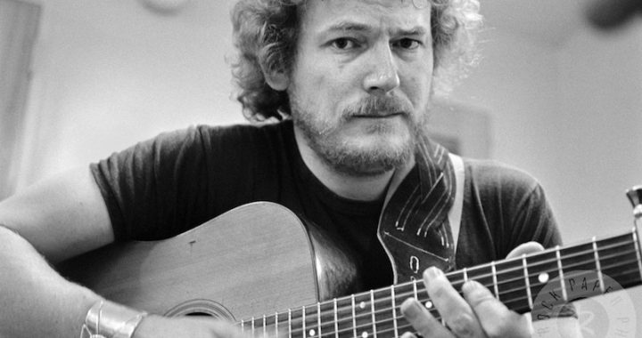 Gordon Lightfoot - The Last Time I Saw Her